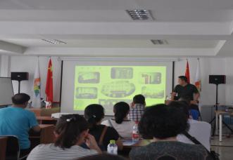 新疆警察学院信息安全工程系来我孵化器参观学习2.png